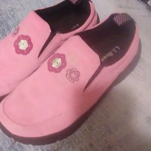 L.L.Bean Kid's 5 Pink Shoes
